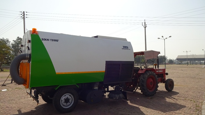 T2100D 4CBM - Road Sweeping machine- truck mounted road